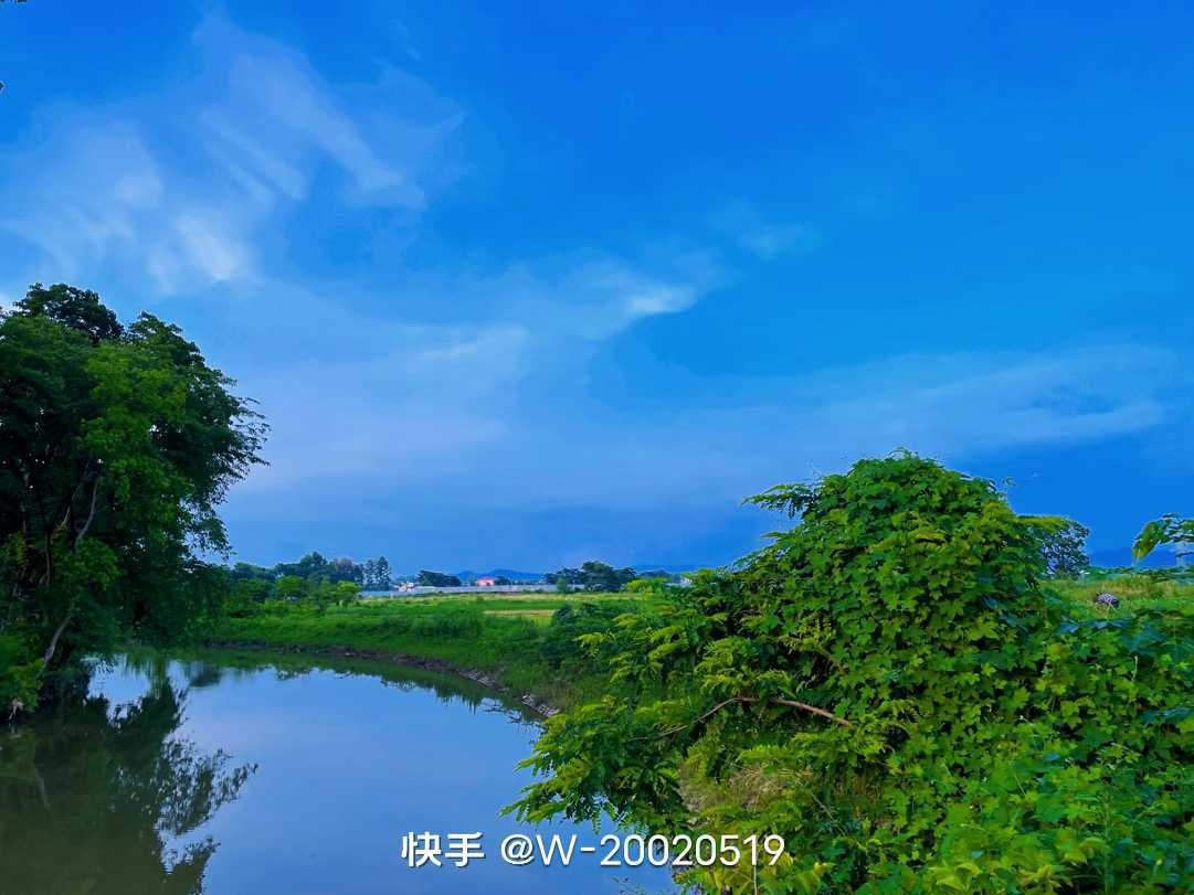 http://sucai.58100.com/data/upload/images/202107/162555959196641.jpg