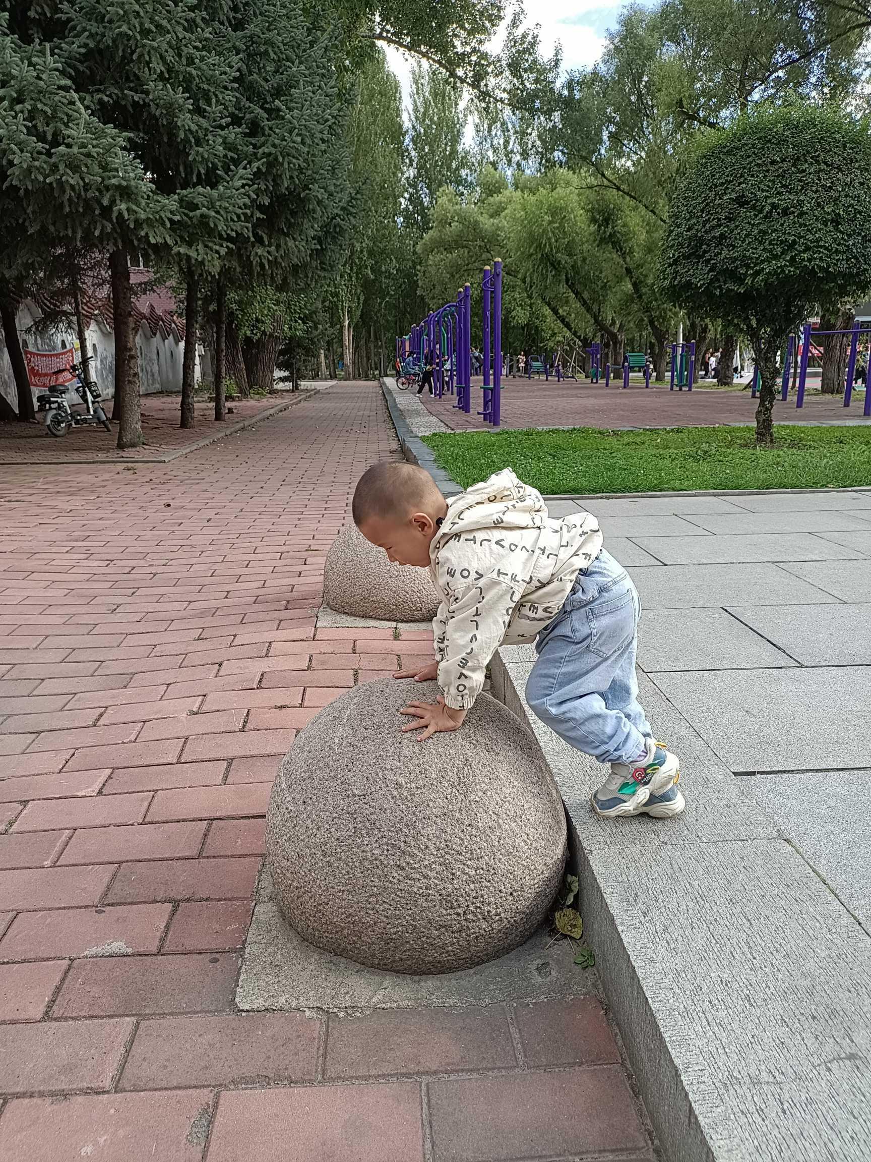 http://sucai.58100.com/data/upload/images/202109/163046273064000.jpg